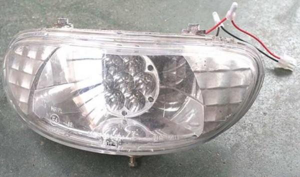 Scheinwerfer für LG 4022 / LG 4038